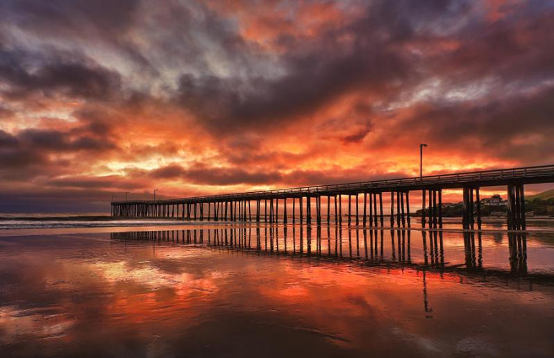 cayucos-pier-on-fire-beth-sargent