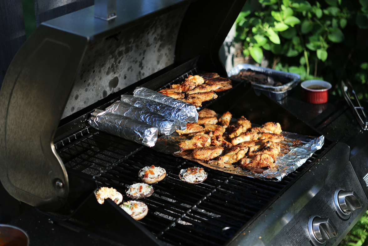 Green Your BBQ: 10 Tips for an Eco-Friendly Cookout  Green Your BBQ: 10 Tips for an Eco-Friendly Cookout  Green Your BBQ: 10 Tips for an Eco-Friendly Cookout  Green Your BBQ: 10 Tips for an Eco-Friendly Cookout